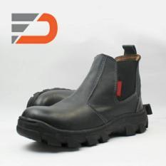 Spartan 026 Sepatu Safety Slop Boots Pria - Black