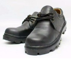 spartan - sepatu boots safety pria kerja semata kaki kulit sapi Hitam