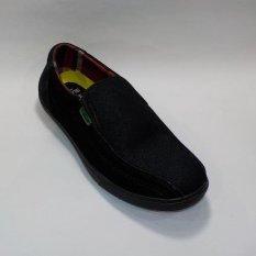 Cuci Gudang Surround Sepatu Casual Pria M2 Nw 04 Hitam