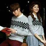 Beli Sweater Couple Zigzag Abu Online Terpercaya