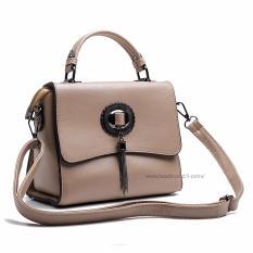 Jual Tas Fashion Import Tas Sling Wanita Tas Pesta Tas Santai Travel Bag Wanita 3P 8823 Fashion Leather Bag Elegant Light Brown Baru