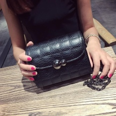 Wanita Tas 2017 Di Musim Panas Gaya Baru Han Ban Chao 100 Ambil Ling Ruang Rantai Kecil Joss-stick Angin Mini Daftar Bahu Miring Ku Adalah Kecil (Vogue Berwarna Hitam) -Intl
