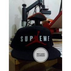 topi snapback(tanpa jaring) supreme air jordan,hitam