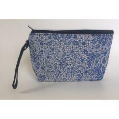 Travel Pouch / Make Up Pouch Multifungsi Batik 08