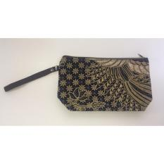 Travel Pouch / Make Up Pouch Multifungsi Batik 18