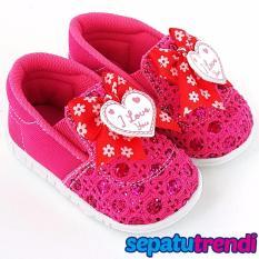 Beli Trendishoes Sepatu Anak Bayi Perempuan Bunyi Slip On Pita Love 031Grt Fuchsia Pake Kartu Kredit
