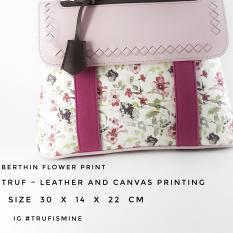 1 Pcs Truf Bag New Berthin Leather Hand Bag Mix Canvas Flower Pink Color / Leather Bag / Tas Kulit / Handmade / Tas Wanita / Tas Lucu / Tas Kulit / Tas Fashion / Fashion Bag / Women Bag / Hand Carry Bag / Tas Bagus / Local Brand / Handmade Bag / Tas Gaya
