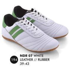Penawaran Istimewa Unik Everflow Ndr 07 Sepatu Futsal Pria Murah Terbaru