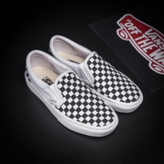 vansunisex-classic-slip-on-spring-and-summer-new-pattern-black-and-white-check-shoe-intl-8877-21655286-2063f74467f3fcd2577aefab9172d5d7-catalog_233 Koleksi List Harga Sepatu Vans Shopee Terbaru saat ini