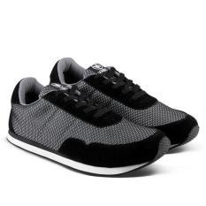 Model Varka Sepatu Olahraga Pria 338 Hitam Terbaru