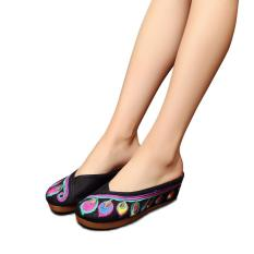 Veowalk Sepatu Ukuran Besar Fashion Indonesia Wanita Musim Panas Casual Old Peking Cotton 5 Cm Wedge Slide Flower Bordir Sandal Ladies Linen Sandal Hitam-Intl