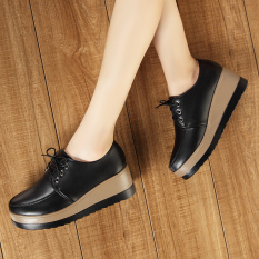 Sepatu Kulit Alas Tebal Model Sekolah Wanita Gaya Korea (Hitam) (Hitam)
