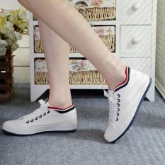 Beli Menjalankan Sepatu Kanvas Low Top Versi Korea Perempuan Putih Putih Online
