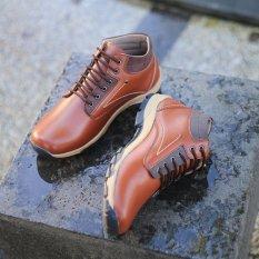 Ulasan Mengenai Sepatu Pria Kasual S Van Decka Weer301T