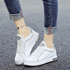 Diskon Women Shoes Comfortable Rivet Sequin S*xy Lips Sneakers Women Fashion Breathables Outdoor Sneakers Shoes Intl Branded