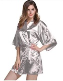 Review Toko Wanita Satin Sutra Short Night Robe Solid Kimono Robe Fashion Bath Robe S*xy Jubah Mandi Peignoir Feminin Pernikahan Bride Bridesmaid Robe Putih Intl