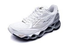 Wanita s Sport 2017 Gaya Baru Sepatu untuk Mizuno Menjalankan Gunmetal Gen  6 Sepak Bola Musim Panas Sepatu Soccer Sneakers Ukuran 36 -45 (putih) -Intl caa857fc01