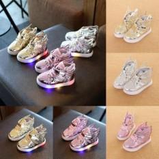 Kekuatan Luar Biasa Kebaruan LED Anak Bercahaya Sneakers Seksi Penjualan LED Berkedip Boot Kasual Bernapas Sepatu dengan Lampu Tinggi Kanak-kanak atas dengan Sayap LED Sepatu Ringan Sepatu Mengkilap Anak-anak Malam Ringan-Perak-Eu: 24-Internasional