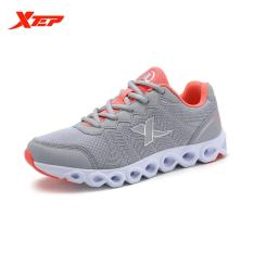 Xtep Baru Tiba Wanita Fashion Ringan Sport Sneakers Low Top Berjalan Menjalankan Sepatu Wanita Athletic Outdoor Sport Sepatu Intl Asli