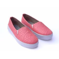 Iklan Yutaka Sepatu Slip On Wanita Motif Salem