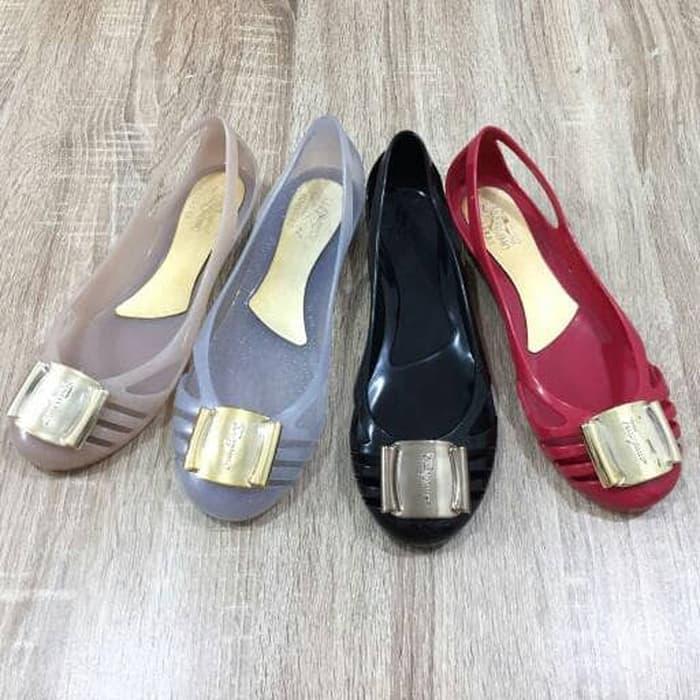 jelly shoes salvatore ferragamo