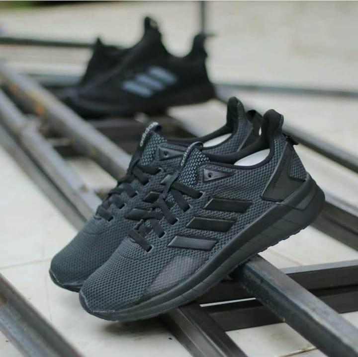 Sepatu Adidas Questar Ride Carbon - Monoblack af9cafdb3