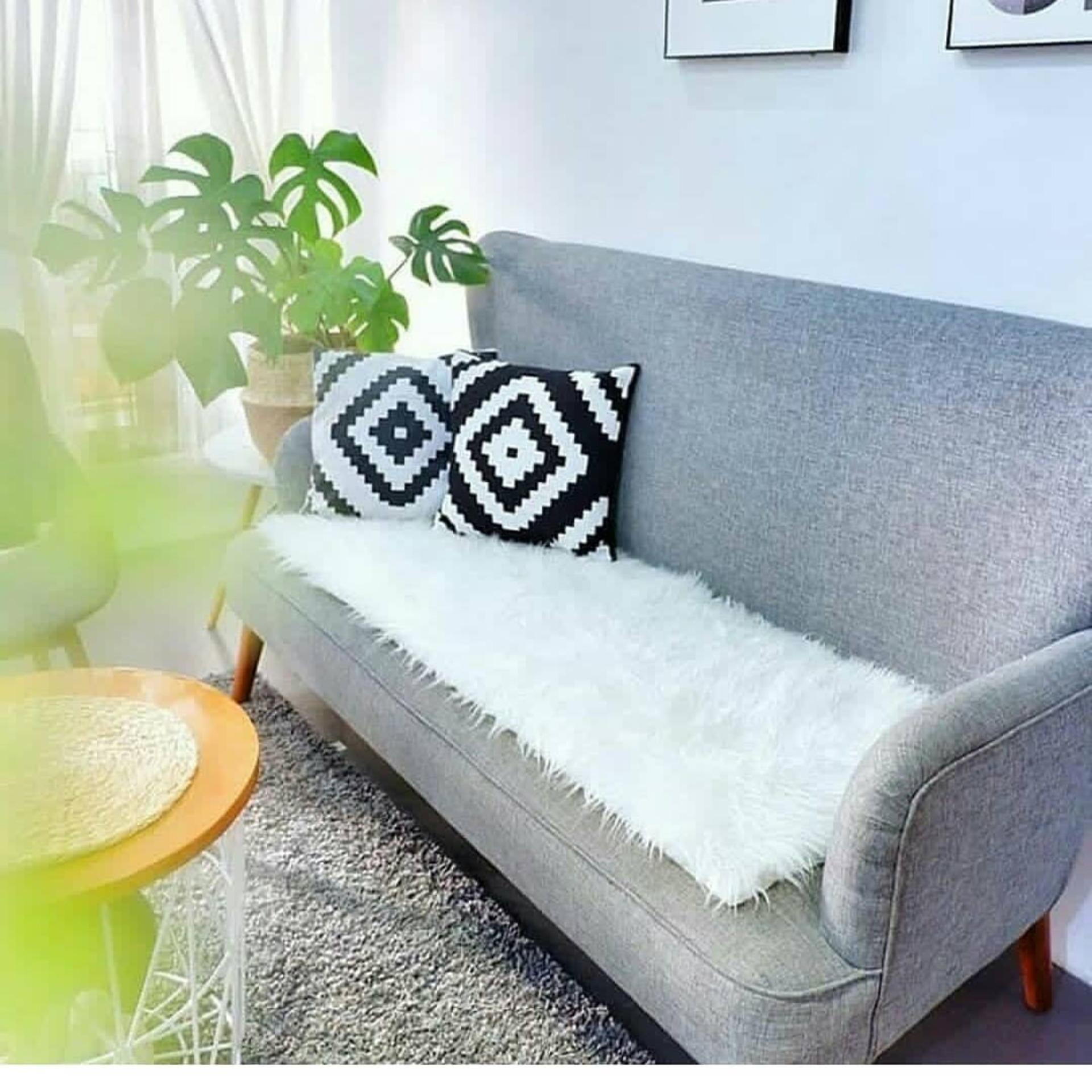 Alas Sofa Bulu Korea Putih By Pusat Karpet Bulu.
