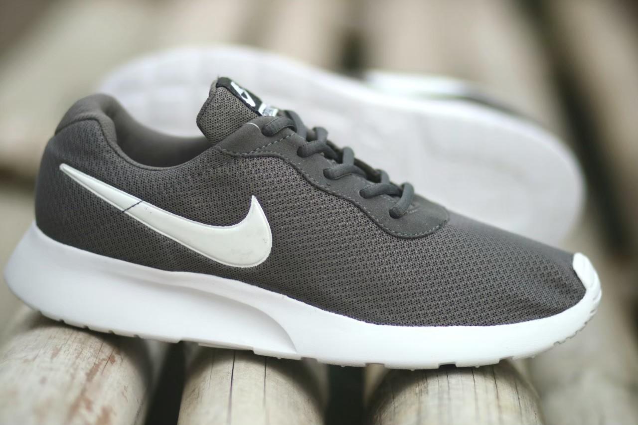 Sepatu Sneakers Pria Terbaru Nike_Tanjun Ros Run Import Termurah Abu - Abu