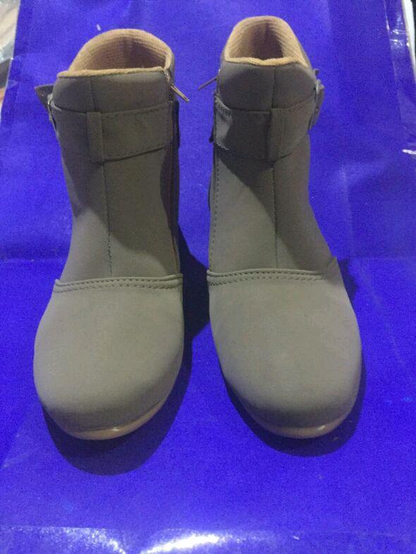 Sepatu boots wanita/Sepatu boots Casual model terbaru