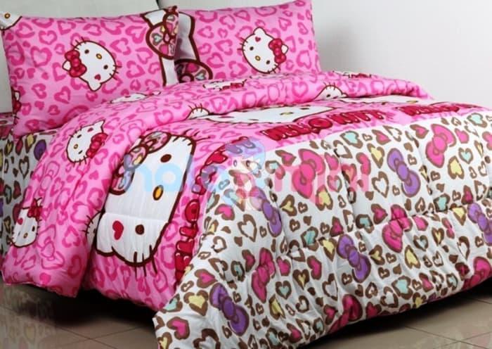 Jaxine Badcover Set Bahan Katun Motif Hello Kitty Leopard Pink   Bedcover Set   Bed cover
