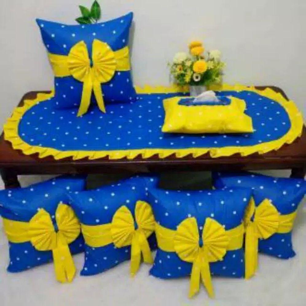 sarung bantal sofa dot biru mix dot kuning