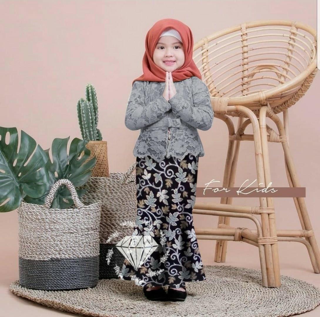 Baju setelan anak/ kebaya anak2/ baju anak umur 4-6 tahun/ baju batik anak/ kebaya anak2/ baju muslim anak batik shireen lucu/ baju adat anak
