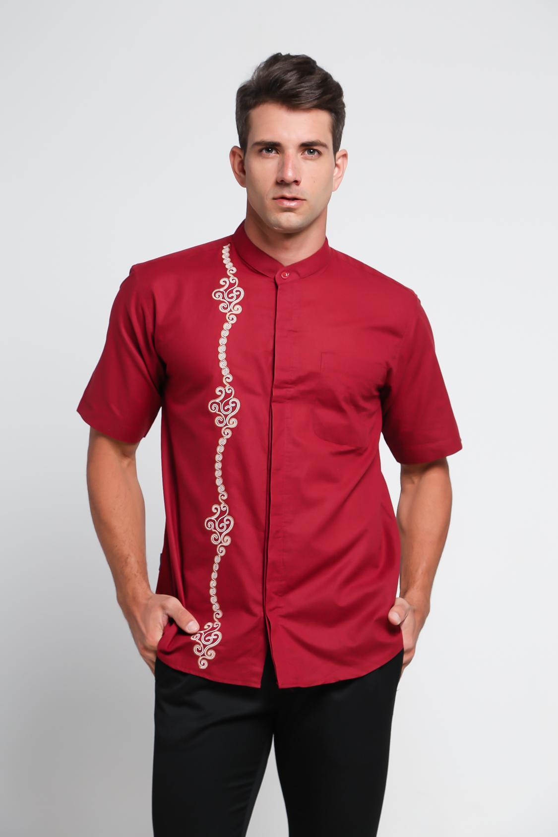 Koko Pria Motif Bordir Minimalis Lengan Pendek warna Khakis Maroon - Aitana Koko YN-18032