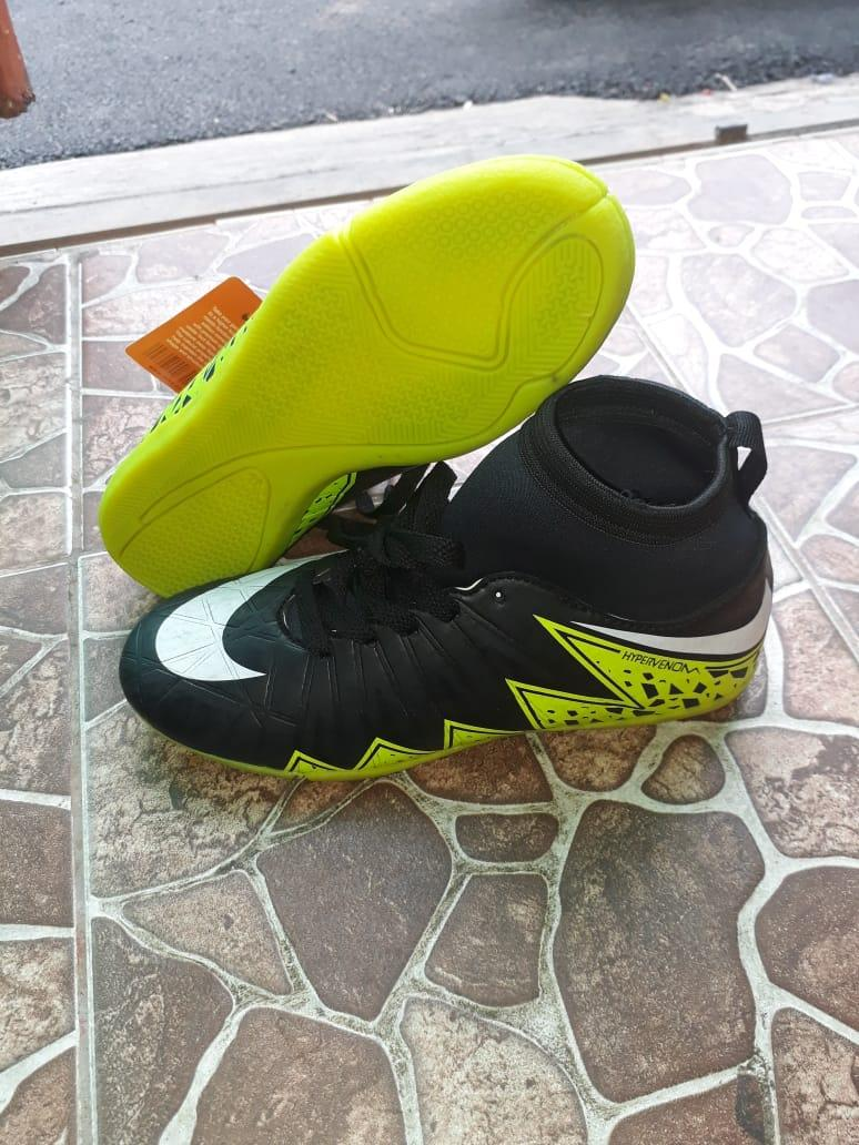 Sepatu Futsal Anak Hypervenom Premium