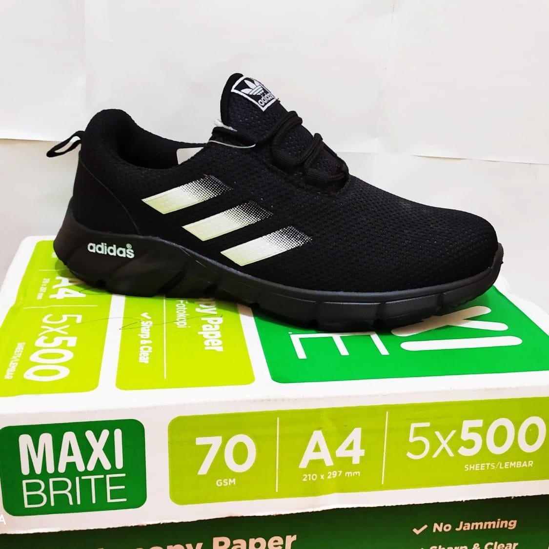 Nike1 Sportswear Tanjun Sepatu Olahraga Wanita Sepatu Sneakers Kasual Running Ringan Terbaru Terlaris amiiin