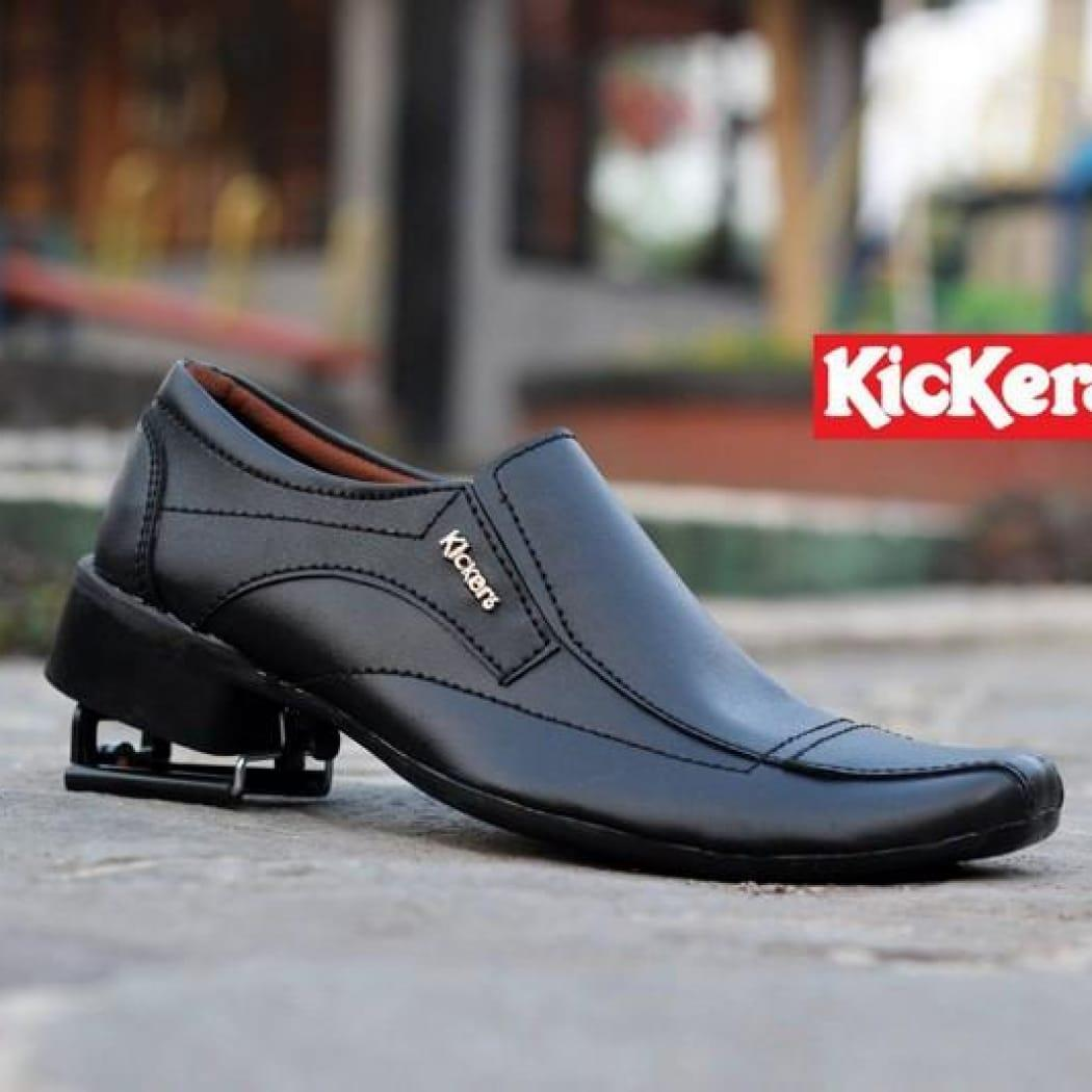 Sepatu Formal Pria Casual Keren Cowok Murah Anak Muda Crocodile Elizabeth Fashion Hitam Kickers Kulit Asli Oxford Original Formal Slip On Resmi Remaja Santai Simple Tanpa Tali Pantofel Kickers Terbaru