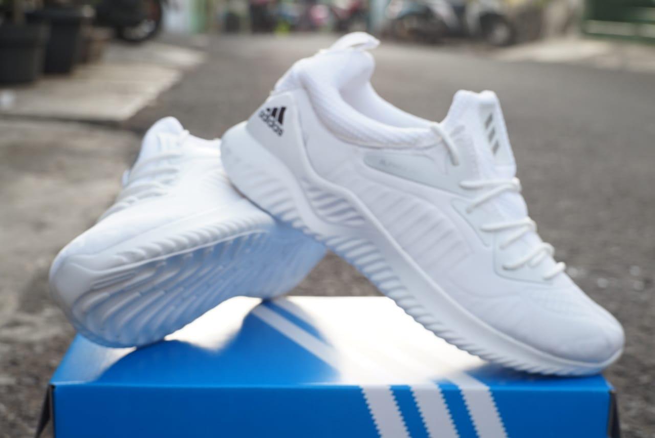 Sepatu sneakers alphabonce beyond putih polos 505e7d931a