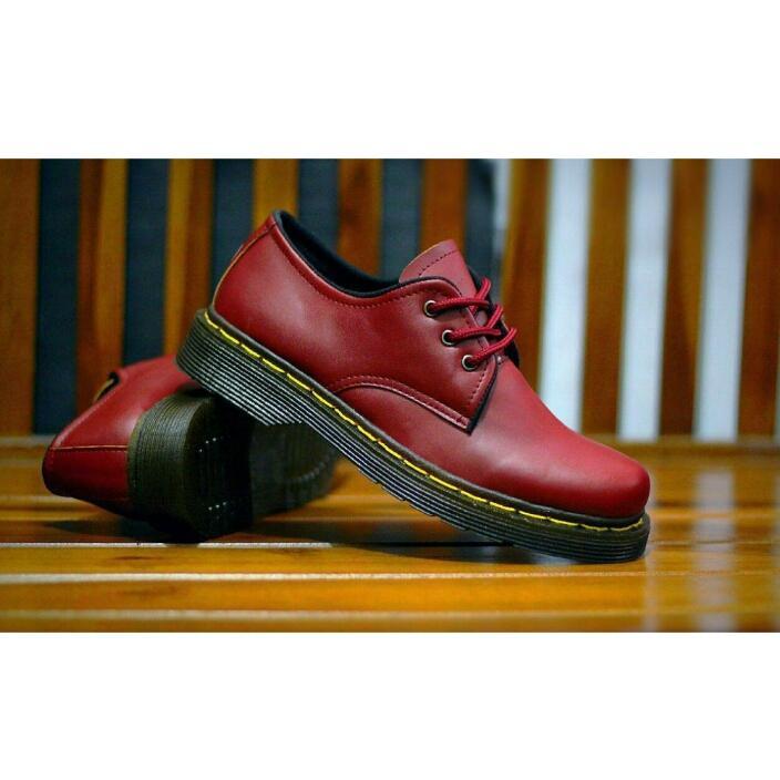 Sepatu boots pria dr martens docmart dokmar low semi boots formal casual  murah 50c7fc9b4e