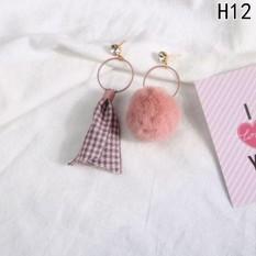 1 Pair Dangle Earring Mink Fur Pom Pom Ball Rhinestone Earrings H12-Intl