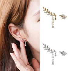 Amefurashi Anting Korea Daun Asimetris Asymmetric Leaf Clip Dangle Earring Beauty By Amefurashi.