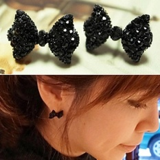 Amefurashi Anting Korea Pita Hitam Black Ribbon Beauty Stud Earring