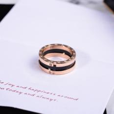 Beberapa Mode Berlian Pria atau Wanita Titanium Baja Cincin Emas Naik