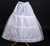 Beli Benang Tiga Rims Single Layer Pannier Pengantin Gaun Pengantin Secara Angsuran