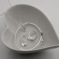 Spesifikasi Jaminan Hadiah Satu Set Perhiasan 925 Perak Berlapis Kalung Anting Anting Gelang Cincin Yang Bagus