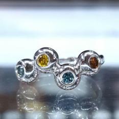 Cincin-fancy-diamond-0,25ct-ikat-emas-putih-CFB006