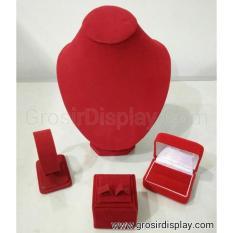 Display Tempat Perhiasan Set Lamaran Merah Bludru Pajangan Kalung Anting Gelang Cincin Murah
