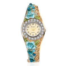 Fashion Contracted Mahal QUARTZ Alloy Square Set Auger Bunga Gelang Wrist Watch-Intl