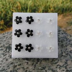 Hitam atau Putih Baru Perempuan Empat Daun Bunga Korea Anting