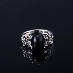 Harga Cincin Berlian Kuning Terbaru. Source · Di Jari Telunjuk Retro Hitam Batu Permata Berongga Versi Lebar ... - Orang Trendi