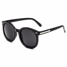 Kacamata Hitam Vintage UV Protection Kacamata Hitam Pria dan Wanita - Lensa Hitam
